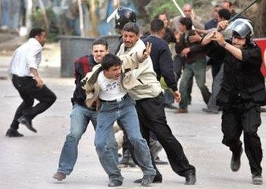 http://www.matierevolution.fr/IMG/jpg/Maroc_repression-f1161.jpg