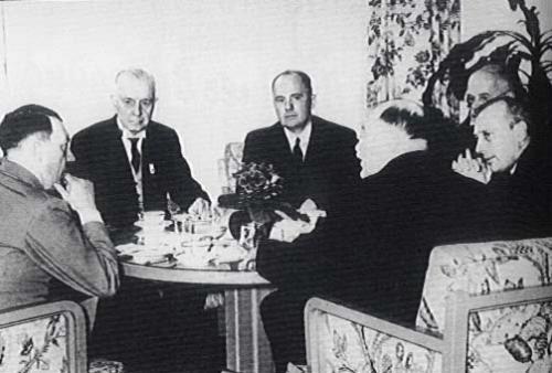 """Résultat de recherche d'images pour """"Krupp et Thyssen avec Hitler Images"""""""